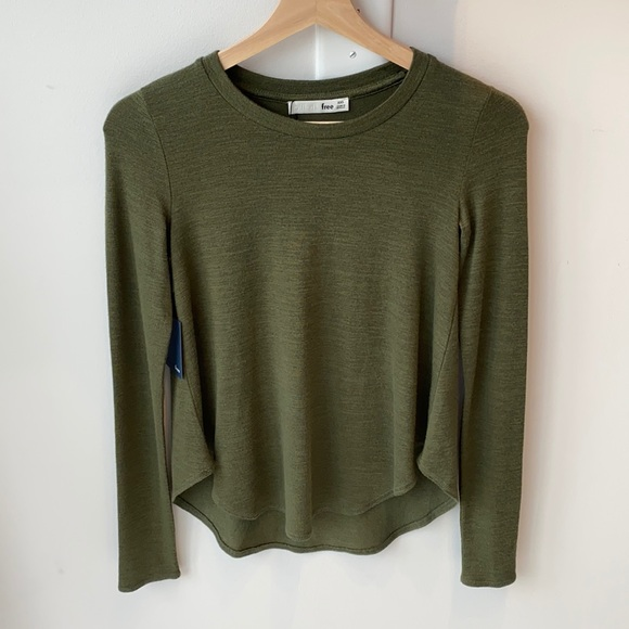 *SOLD* Wilfred Long Sleeve
